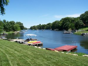 Group O'Dell: Waterfront Living in Kansas City, Lake Waukomis